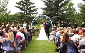 Outdoor Wedding Couple getting Married South of Calgary